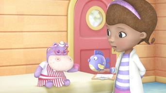 Doc McStuffins: Season 1: The Dark Knight / Hallie Gets an Earful